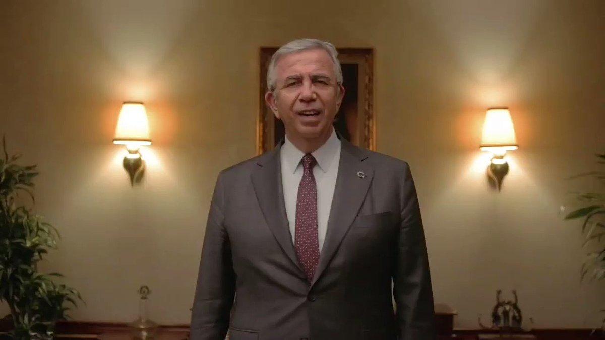 Değerli hemşehrilerim;  Ankara'da toplu ulaşım sıkıntılarını çözme çalışmalarımız dahilinde 300 yeni otobüs almak için yurt dışından Merkez Bankası faizinin yarı fiyatına kredi bulduk.   Belediye meclisimizin de bu talebi Ankara halkı için onaylayacağına inanıyorum.