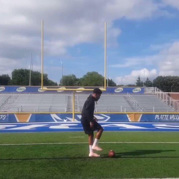 Pats new kicker Josh Gable has some insane trick kicks 😳😳 @Patriots    (via joshgable/IG)