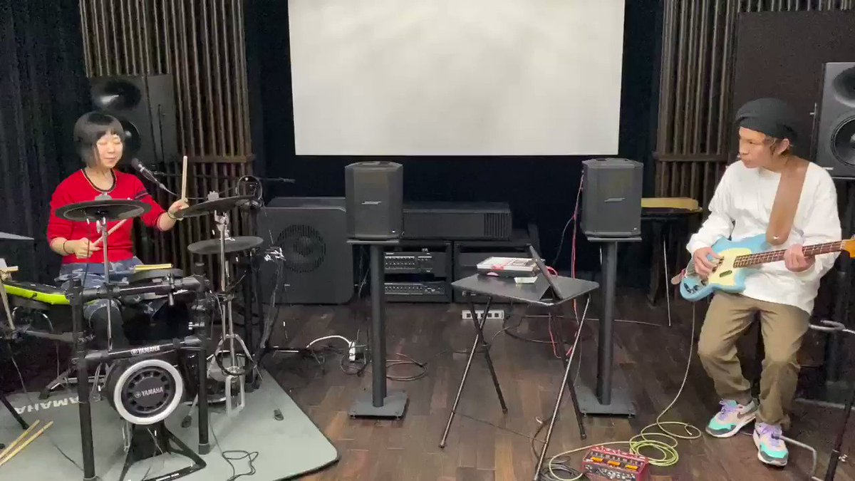 新曲チラ見せcalyboo今年最後のライブ!色々とレアな内容。是非是非お越し下さい!12/21 (土)