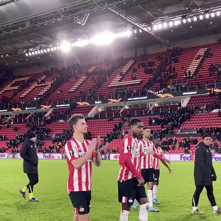 We love you PSV, we do ♥️ Op naar zondag! #PSVROS #UEL