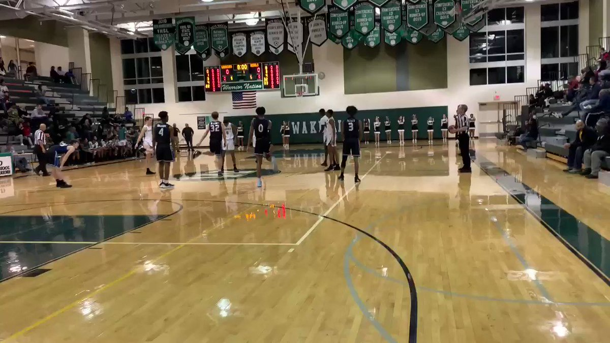 <a target='_blank' href='http://twitter.com/WakeBoysHoops'>@WakeBoysHoops</a> wins jump ball but <a target='_blank' href='http://twitter.com/WEAREfairfax'>@WEAREfairfax</a> basketball strikes first!  Score now 9-5 WK up 4:13 in 1Q <a target='_blank' href='https://t.co/3TEC46wSok'>https://t.co/3TEC46wSok</a>