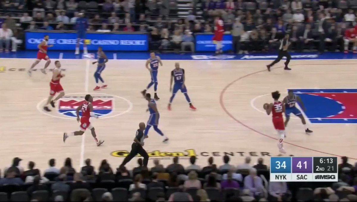 Kevin Knox with the putback on...his own team 🤦♂️  Knicks gonna Knick.  (via @BigBabyDavid_)