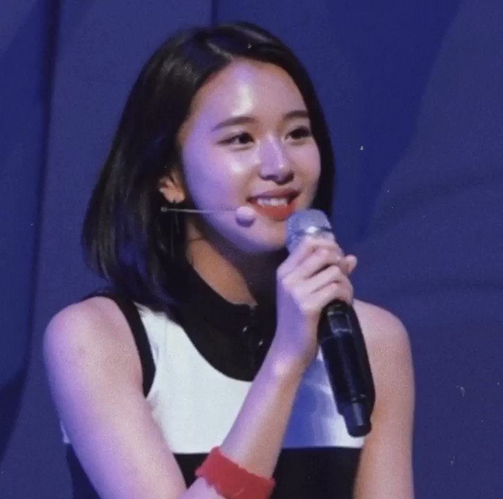 who remembers this cute little snippet of rainy season baby chaeyoung sang 🥺  @JYPETWICE #채영