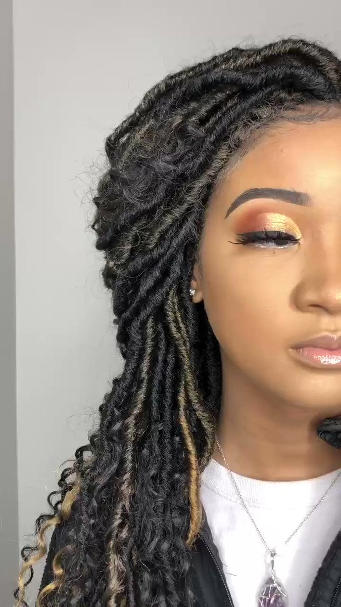 Book me #AAMU #HSV #makeupartist #huntsvillemua #maybelline #jamescharlespallete #hsvmakeup #melanin #makeupaddict #mua #explore #explorepage #selftaughtmua #makeupartistworldwide #undiscoveredmakeupartist #huntsville #MUA #makeuppic.twitter.com/q4xvTyp7Vp