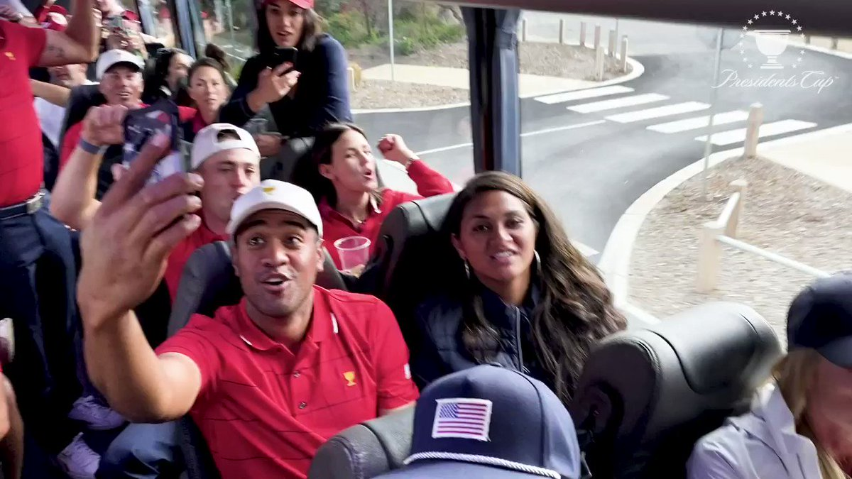 The content the people want ... more bus singing from from the #USTeam 🙌