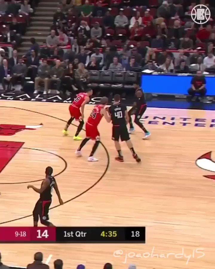 🔥 Paul George(@ygtrece ), sensualizando em Chicagol.🏀 #NBAnoSporTV • #nba #nbabrasil #nbl #cbb #fiba #fiba3x3 #spurs #GoSpursGo #suns #RisePHX #clippers #ClipperNation  #bulls #BullsNation #basketball #basketballislife #basketballneverstops #basquete •(via: @laclippers ) 📺