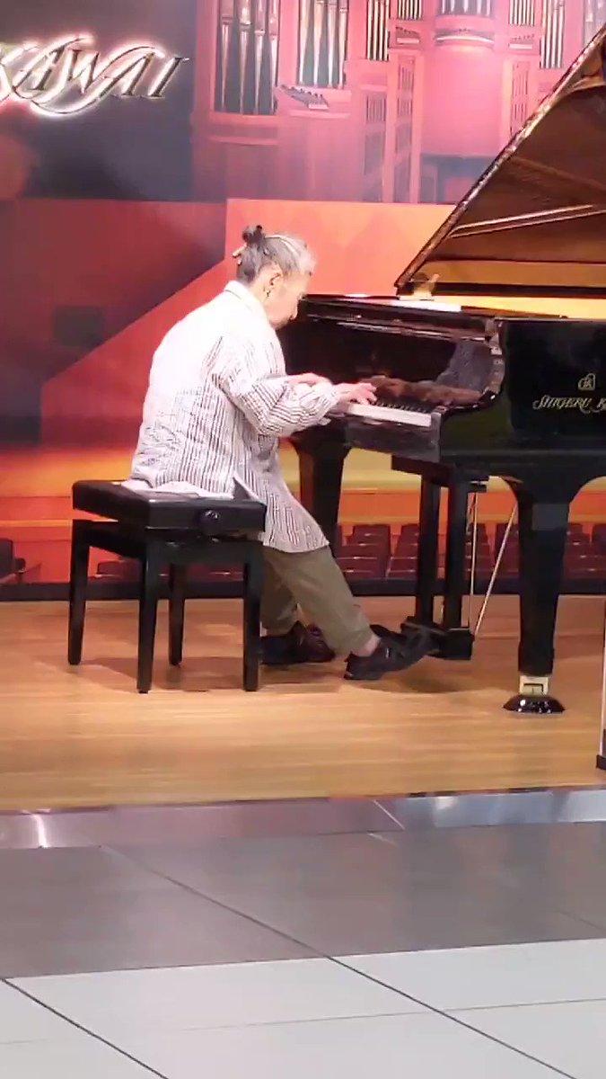 ストリート ピアノ 有名人