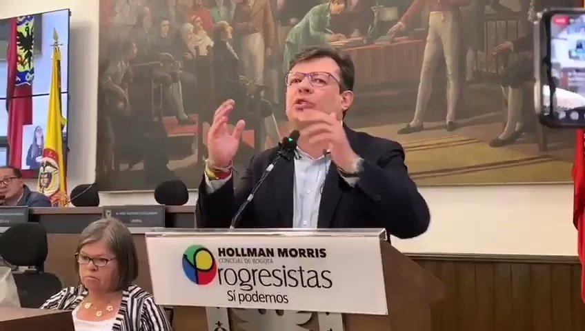 Con este mensaje cierro mi gestión como Concejal de Bogotá:Bogotanos y bogotanas, ¡A las calles!Jóvenes, sigan adelante con el paro, ustedes lideran el cambio y debemos estar a la altura de la lucha de esta nueva generación.¡Seguiremos en las calles!#ConcejoRindeCuentas