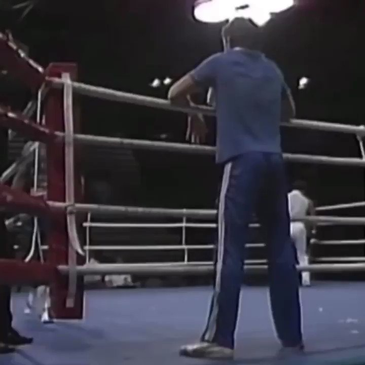 Here's a 15 year old Mike Tyson for ya https://t.co/9x0O04r0pm
