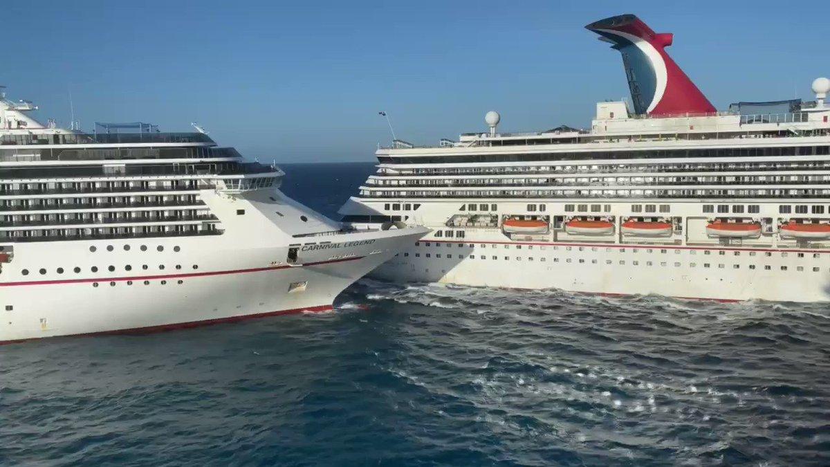 2 Cruise Ships crash off Cozumel, Mexico. Just missing a 3rd! 🚢🔥⛴ #SundayFunday #Wow #Crazy via @BruinMatthew pls follow