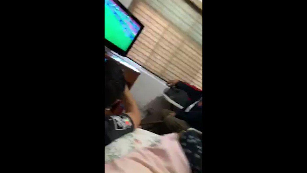 Replying to @oncediariomx: #ClubWC | Atajadón y gol. Así festejó la familia de Luis Cárdenas desde Monterrey.  #SomosONCE