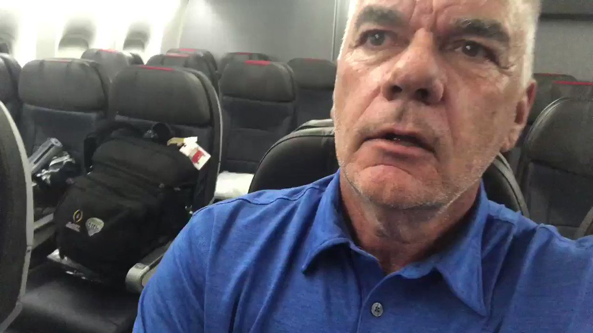#COWBOYS #LostBoys UPDATE: We made it! AA 777 fixed. Regular crew. Ready to roll. 'Flight attendant, I'll take a double.' @1053thefan @SInowpic.twitter.com/HxelZUUG7f