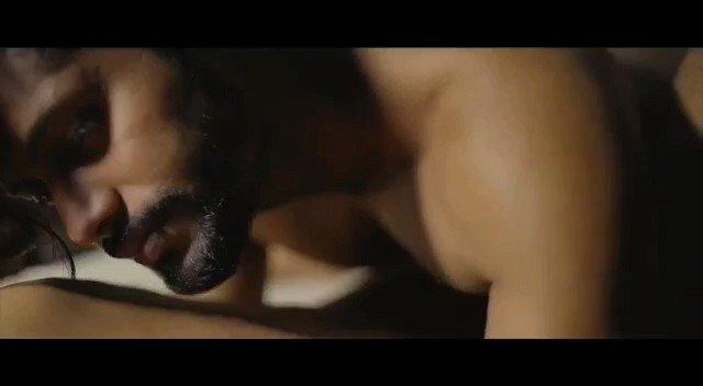 Hot eroticizing Indian romance... Don't miss the end.... @KingRishi9 @BudTwinky @Shyamvenkatsun1 @zeblusive @RuskinBond009 @Dharsan81935187 #gaysex #gayvideos #desiromance #gaylove