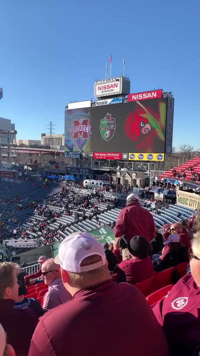 Music City Bowl - Mississippi Bulldogs vs Louisville Cardinals. Our first gridiron game! #TLAPdownunder