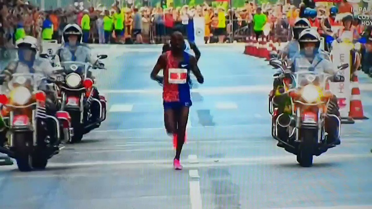 Olympic runner prematurely celebrates near finish line, blows race and chance at record