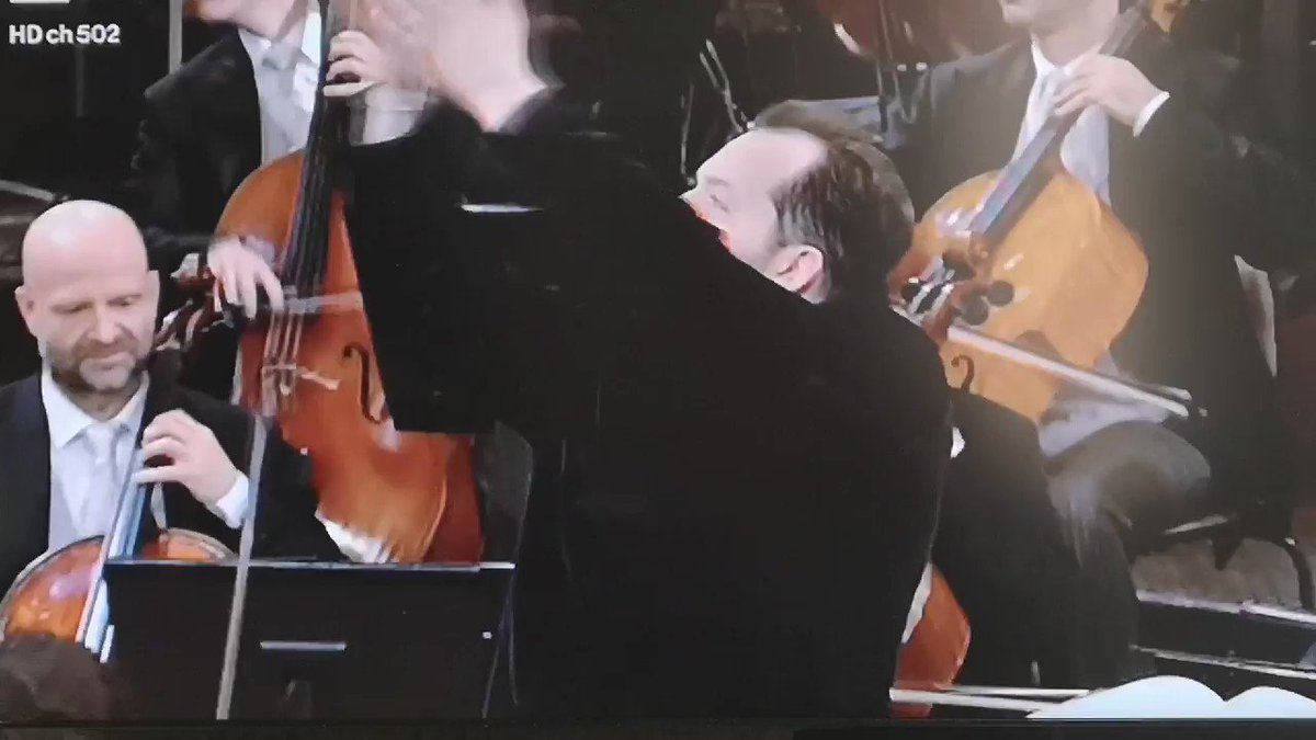 #ConcertoDiCapodanno Marcia di Radetzky... pic.twitter.com/Iplq1CxZo3