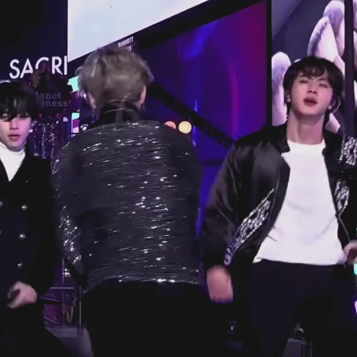 a reminder that 2020 started with this jimin feeling himself YES