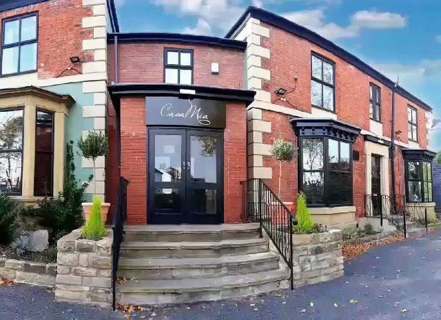 Casa Mia has never looked so good. Come and take a look inside, open at 5pm tomorrow. 0114 258 6538http://facebook.com/CasaMiaSheffield/menu/…Starter & main for £10.99. Offer Tues, Wed & Thurs 5pm - 7pm (offer excludes fish & tagine dishes)#netheredge #CasaMia #sheffieldissuper #sheffieldshield