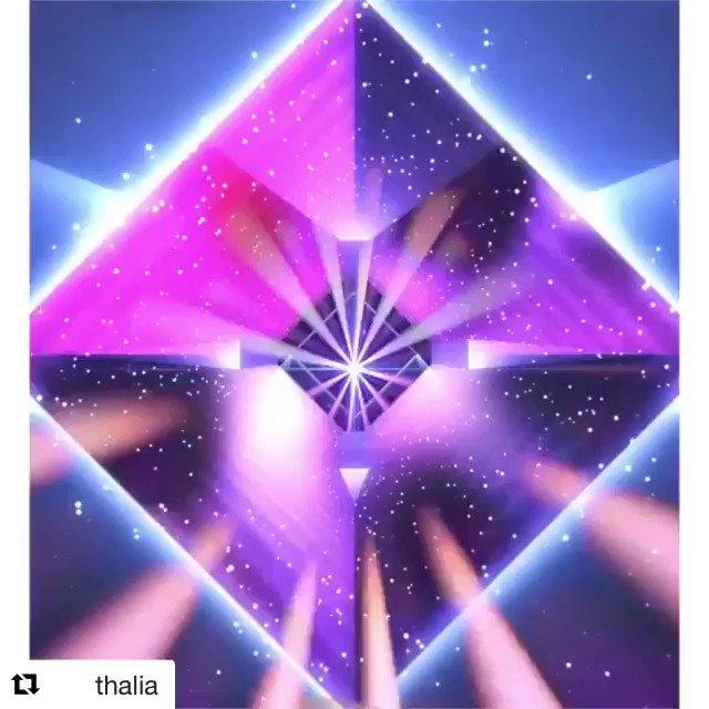 @thalia  ¿Ya tienes las 5 fragancias de mi colección de perfumes? Excuéntralas en @searsmexico y @amazon. Son mágicas, divertidas, elegantes, frescas y sutiles, #fragrance #romance #sexy #sweet #dreamie #ThaliaSodiFragrance #ThaliaSodiFragranceCollection @mdcqueretaroo #Thalia