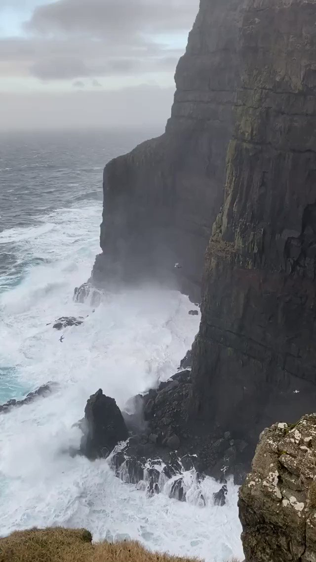 Exceptional video of the vortex forming along the cliff of Beinisvørð - a 470 m high sea cliff, the highest sea cliff in Suðuroy, the Faroe Islands on Jan 6th, 2020.  We thank Helen Wang for the report, the video was recorded by her brother Samy Jacobsen - posted with permission.