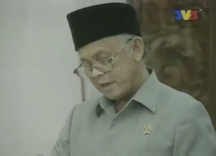 #reformasi #Indonesia #bjhabibie #habibieainun3 #habibieainun #reformasipembangunan #kabinet #reformation