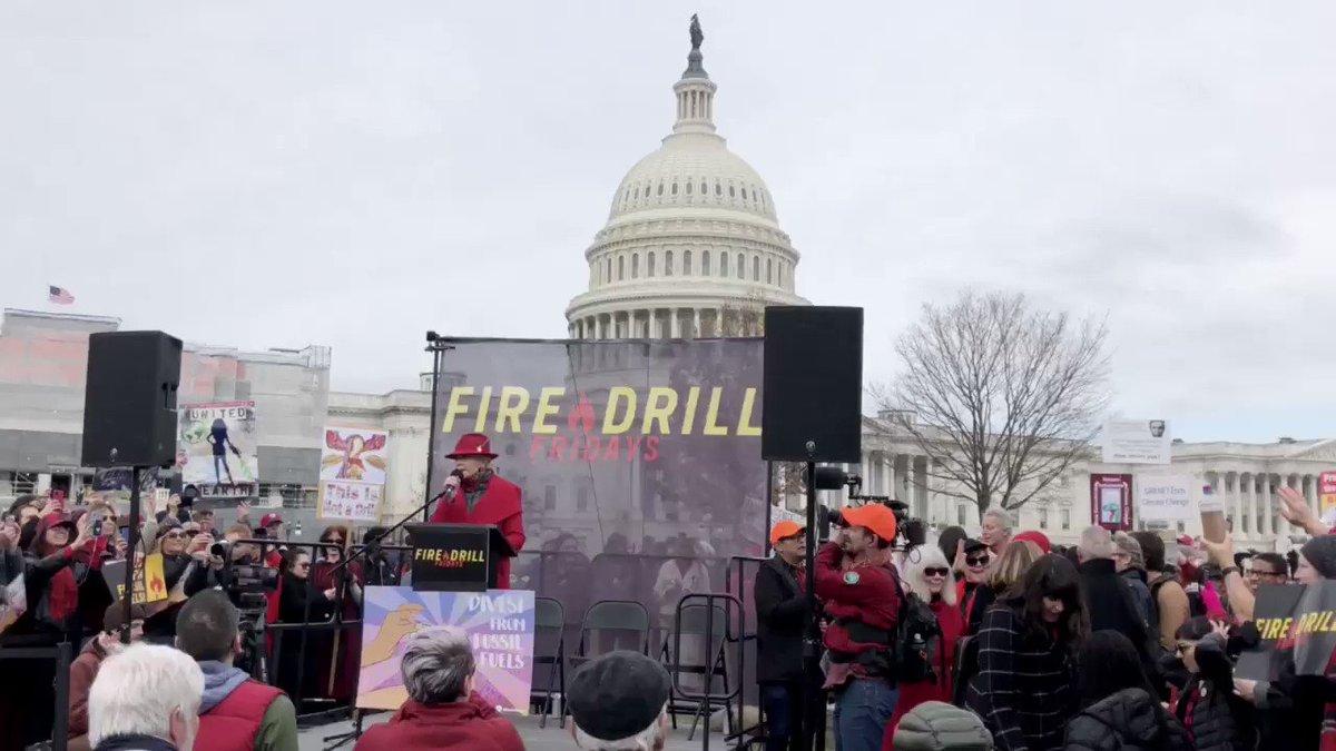 @greenpeaceusa's photo on #FireDrillFriday
