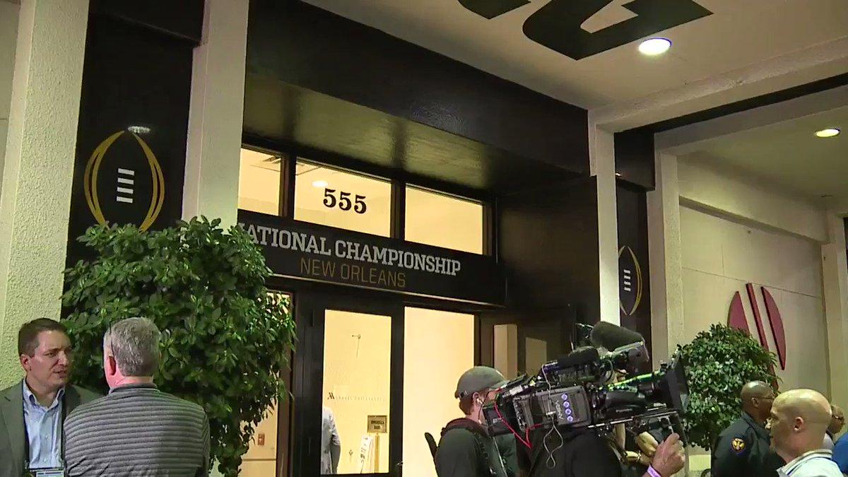 #LSU arrives in Nola 🐯🏈 @CFBPlayoff #CFBPlayoff #NationalChampionship