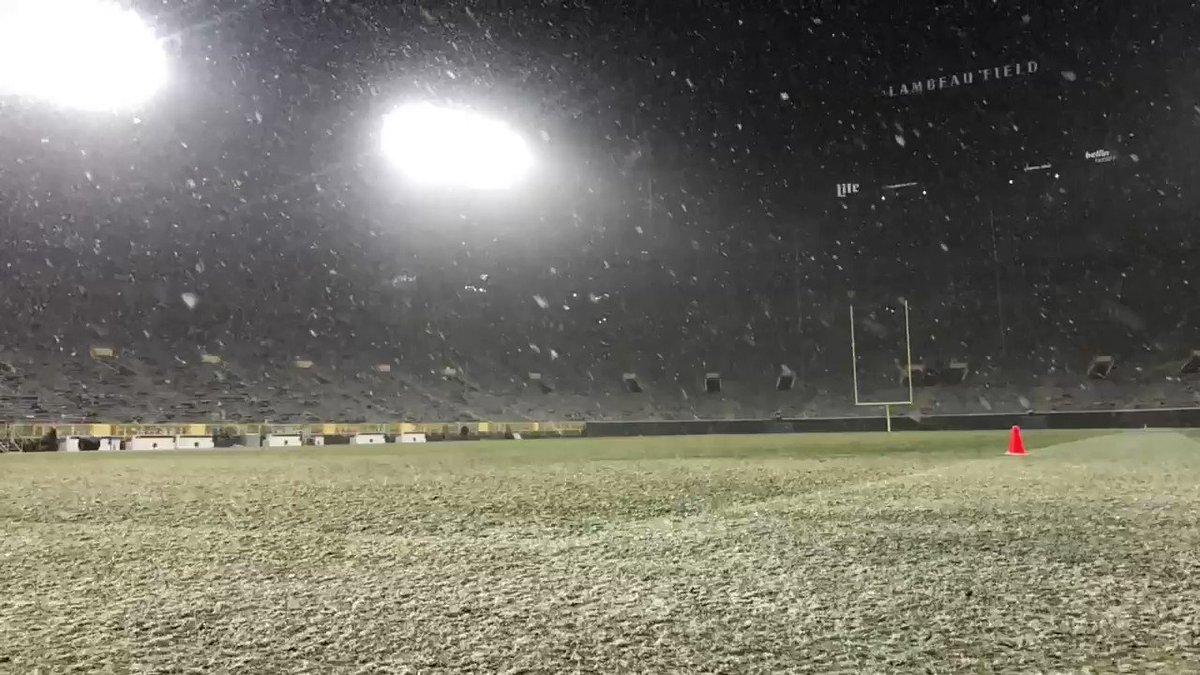 Let it snow at Lambeau.