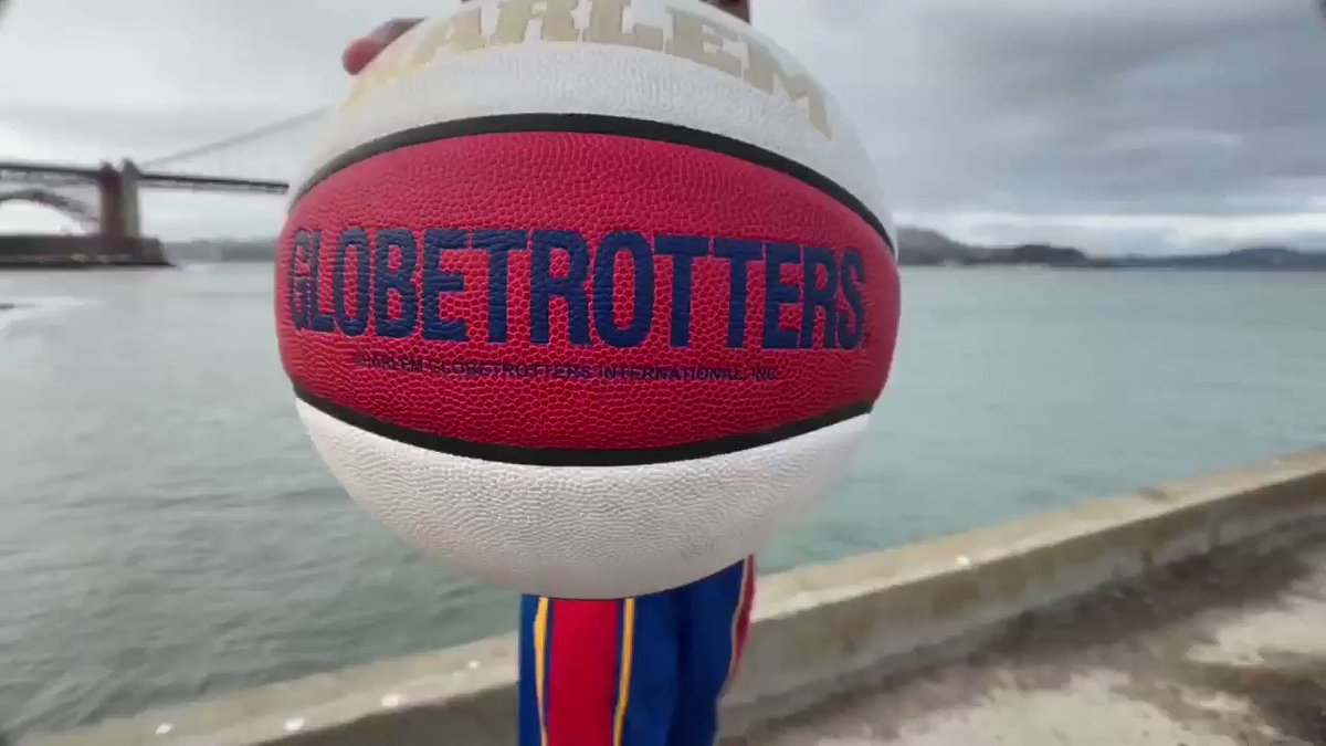 Scooter and @JulianMcClurkin passing the iconic #HarlemGlobetrotters ball around the #BayArea! 🌉 #PushingTheLimits