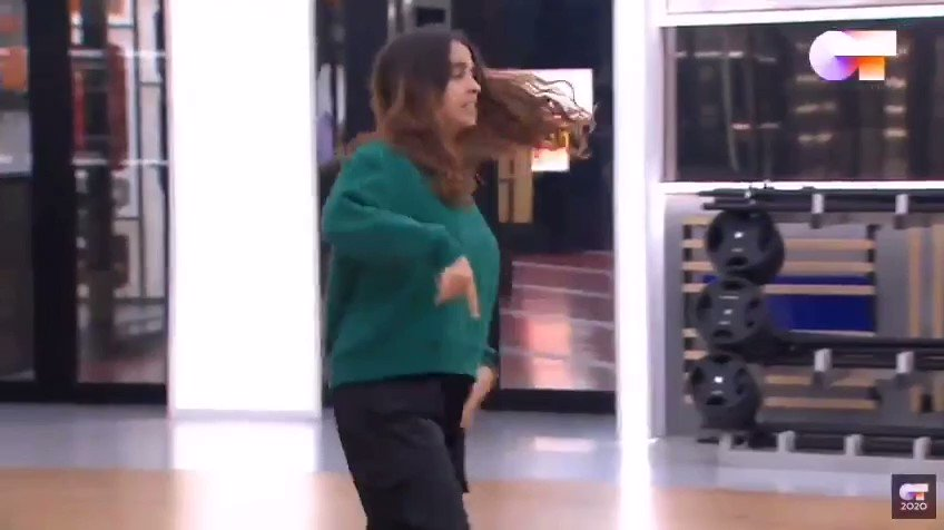 RT @Littlefitchy: No entiendo nada de los movimientos de Anaju pero se stannea #OTDirecto14E https://t.co/n4XPdeReTQ