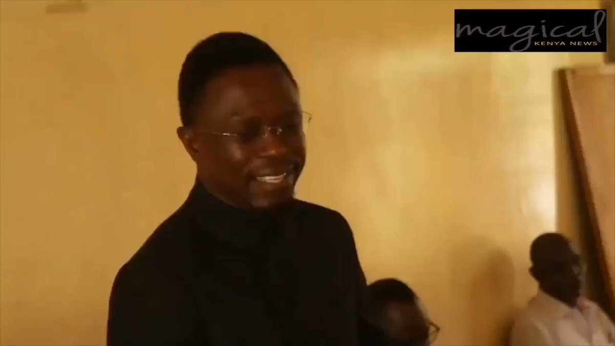 CAS Ababu Namwamba says that he has chosen to go with William Ruto na wale wanapanga kupinga William Ruto 2022 wako na kibarua. I can't even recognize this guy. His downfall from the grace was the most painful. He never recovered. He is even digging deeper. #TonyGachoka https://t.co/bUtWOHVmeg