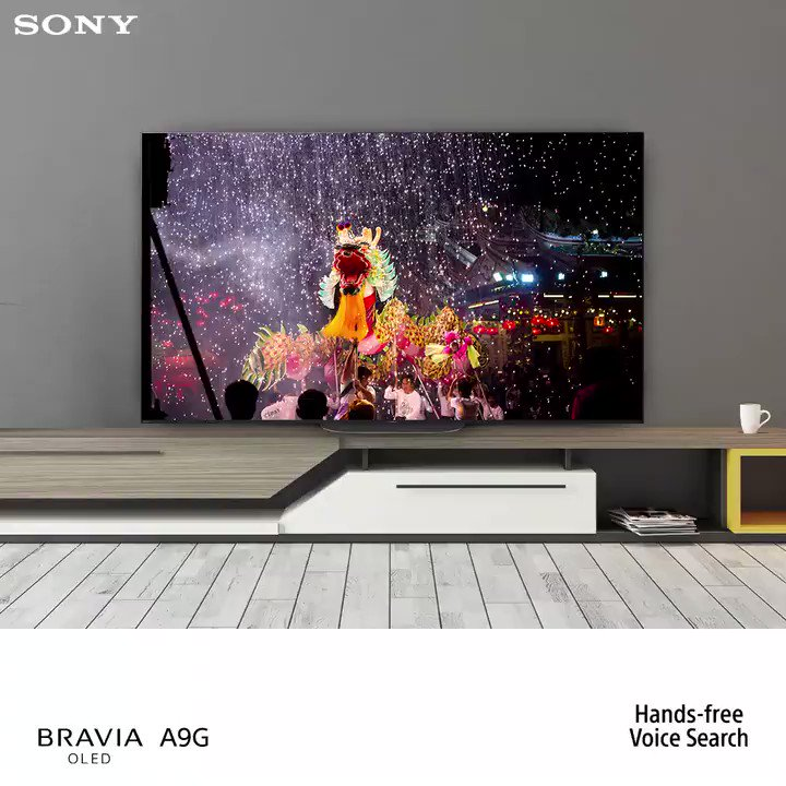 No matter how busy your hands are, you'll never miss a moment with Hands-free Voice Search of Sony #BRAVIAOLED A9G.Know more: http://bit.ly/38f7NSj