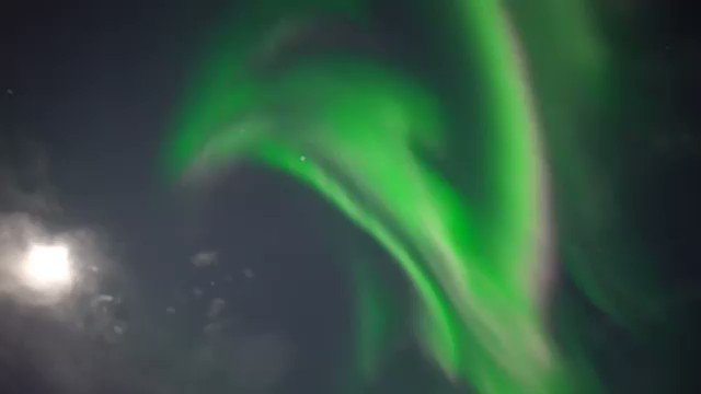Great show in our sky. 👂Listen to the spectators. Would you like to be one? . Thanks for sharing Snowhotel Kirkenes🎥@imaginethenorth