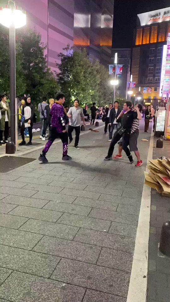 歌舞伎町は今日も平和です…