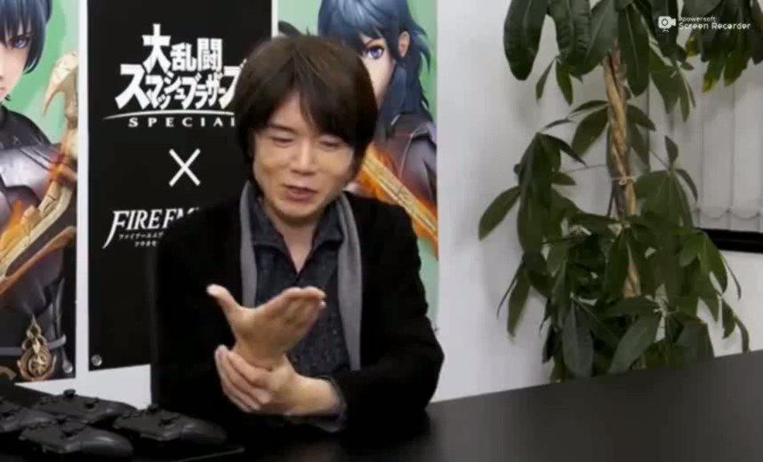 みんなも桜井さんと一緒に二進数タイプの指折りで17まで数えてみよう!