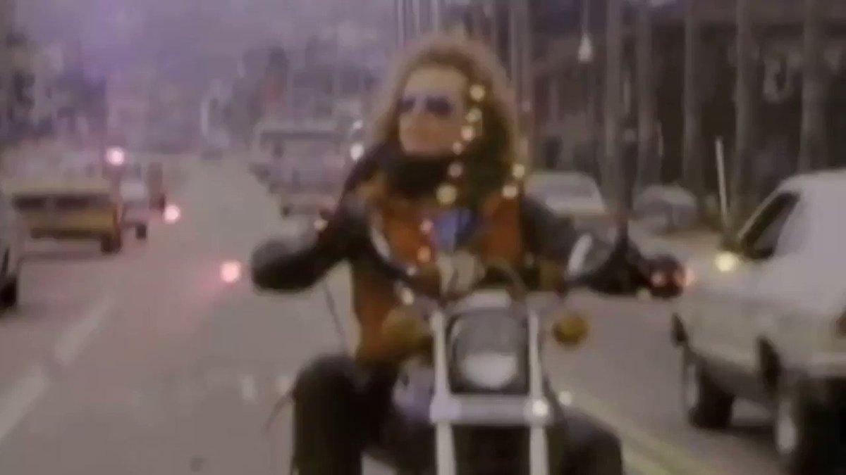 Why not...it's Friday!!! Have a great one Van Halen Army!!!🔥🔥🔥#vanhalenarmy #VanHalen #eddievanhalen #davidleeroth #panama #FridayFeeling #FridayVibes #FridayThoughts #fridaymorning #FridayFun #FlashbackFriday #friday #themightyvanhalen