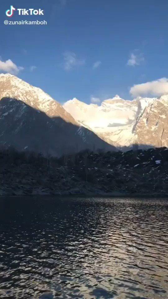 Upper kachur lake which is situated in #skardu surrounded by mighty Himalayan and karakuram range.  #TwitterStayFair