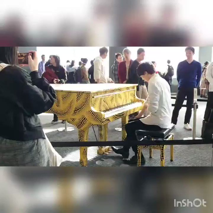 【都庁ピアノ②】あんざい/Anzai Piano Radioさんが弾く  A Thousand Miles  演奏前&演奏後アップしてみました。