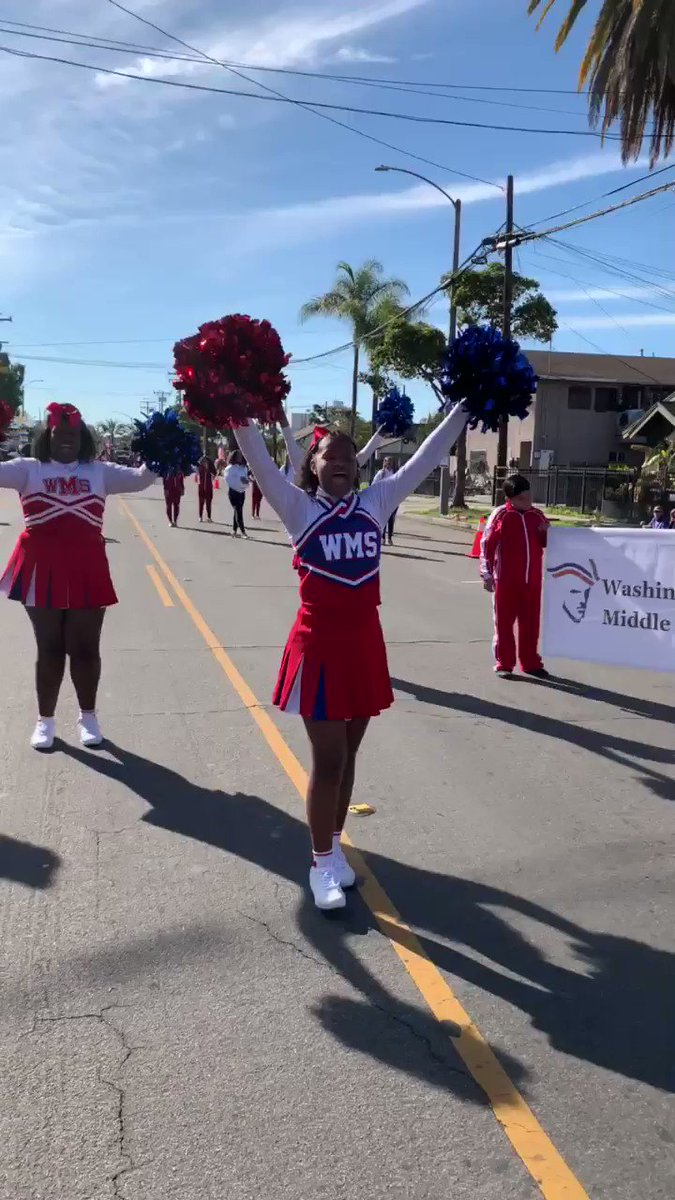 Celebrating MLK Day #proudtobelbusd thanks to Ms. Snider and Coach Maria @MSK8LBUSD @wms_patriotslb @DrRoshann @DianaEHernande2