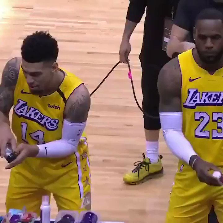 Danny Green got hit with LeBron's chalk 🤣