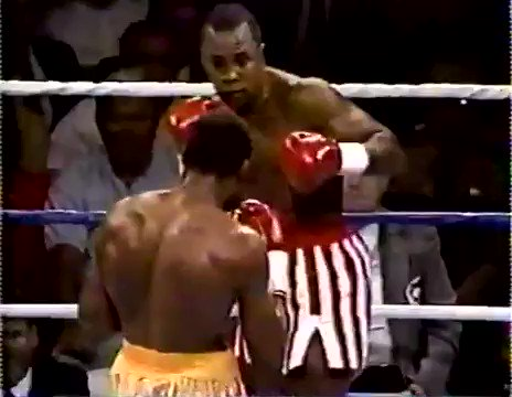 TRADEMARK RAY FIGHTBACK-  A look back to 1989, when Sugar Ray Leonard found himself in an increasingly bleak situation in his rematch against Tommy Hearns. Leonard rallied hard in the middle rounds, to rock 'The Hitman' from pillar to post in the fifth round.  #boxing #history