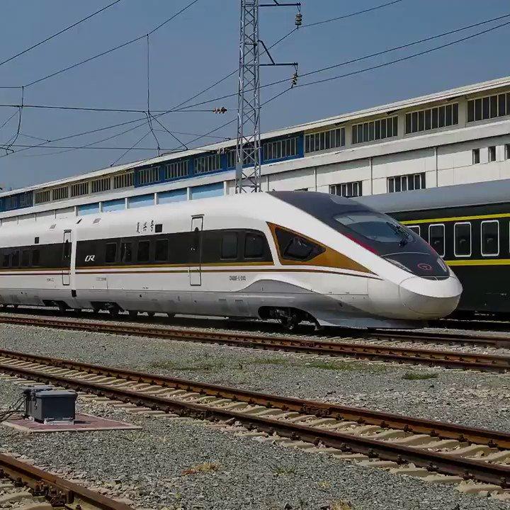 #China inaugurates its first TGV traveling at 350 km/h without driver #tech #SelfDriving @jblefevre60 @sebbourguignon @tewoz @Ym78200 @kalydeoo @ipfconline1 @HaroldSinnott @VivekGhosal @AshokNellikar @ShiCooks @ValdezVera @Fabriziobustama @enricomolinari @mallys_ @LouisSerge