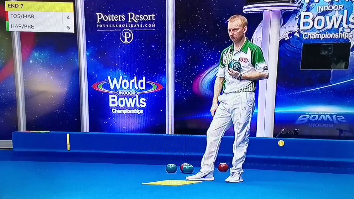 Who knew indoor lawn bowling could be this ELECTRIC? ...(Wait for it) 😳🤯