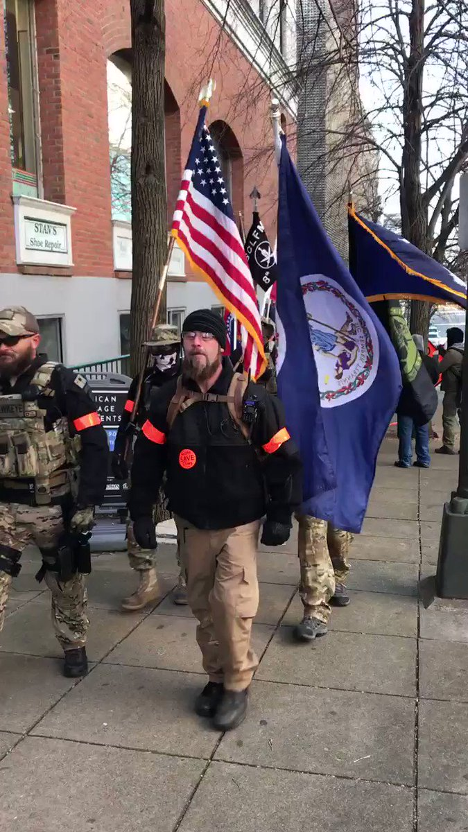 The Pennsylvania Light Foot militia. Spotted Christian Yingling marching into #Richmond.