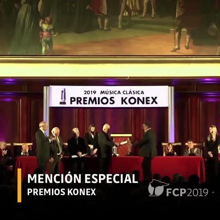 """🏅 Tuvimos el orgullo de recibir el #PremioKónex 2019 en reconocimiento por el Festival Internacional de Percusión, como uno de los """"Hechos Destacados"""" de la Música Clásica del período 2009-2018.  📸 Imágenes de @FundacionKonex"""
