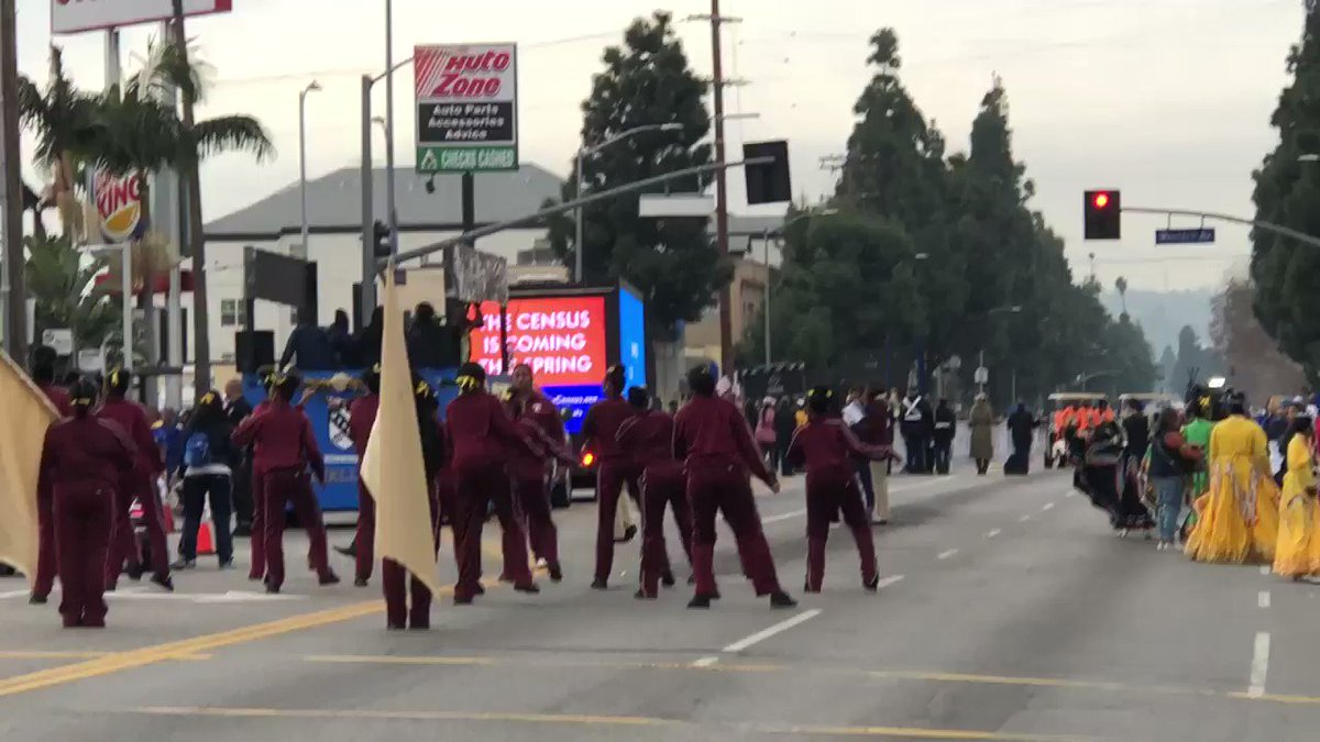 They're warming up for the #KingdomDayParade #KingdomDayParade2020 @ABC7 @KTLA @KingDayParade