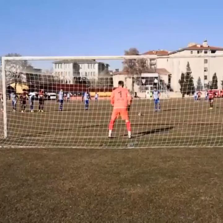 Palermo juega en Turquía? 😂