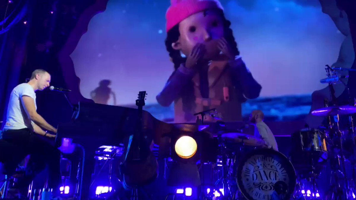 Daddy #ColdplayPalladium