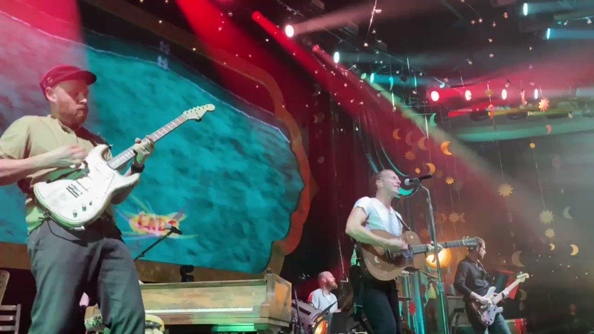Orphans. #ColdplayPalladium #BoomBoomKa