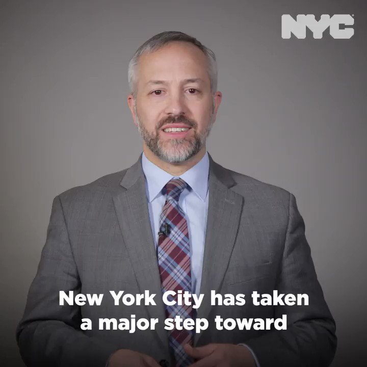 Image for the Tweet beginning: The Big Apple is divesting